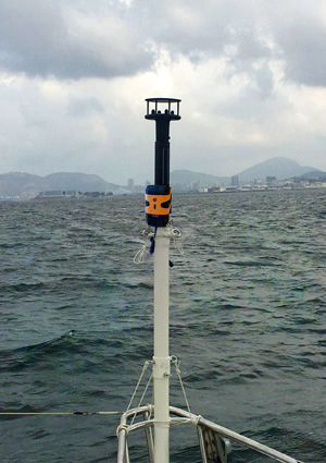WindBot true wind measuring system mounted on a yacht